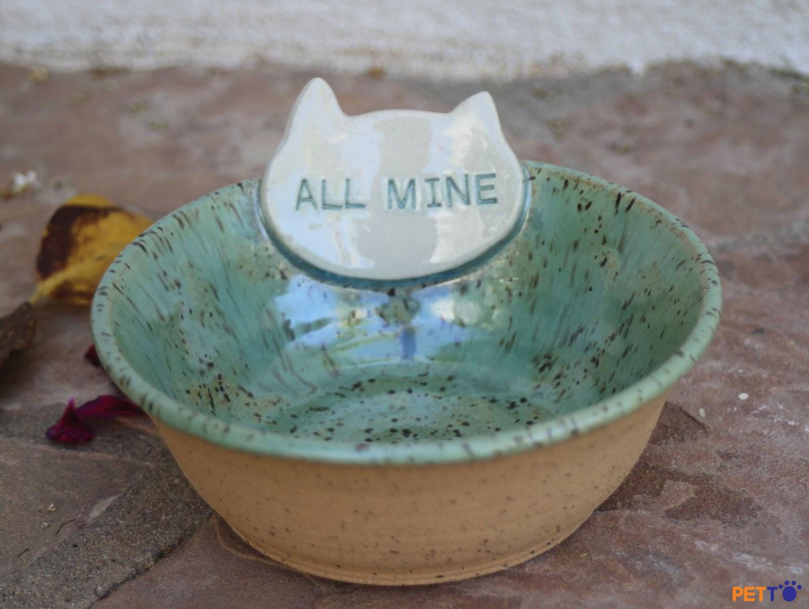 Chọn chén đĩa bằng gốm, thủy tinh hoặc sành sứ